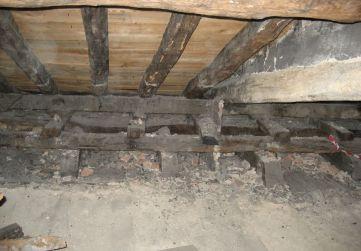 demolición tabiquería en bajo cubierta