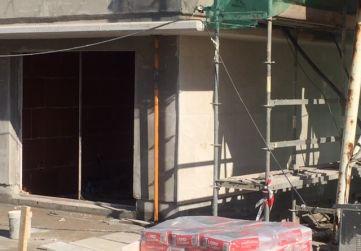 Inicio aplacado fachada Edificio Pico Jano