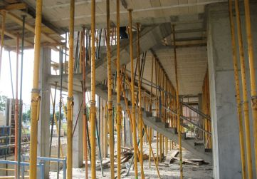 escalera planta baja a planta 1ª