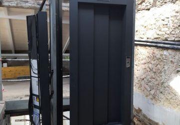puerta ascensor resto plantas
