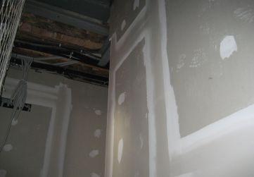 Yeso laminado verticales caja escaleras