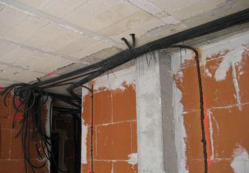 Comienzo instalacion electricidad interior viviendas