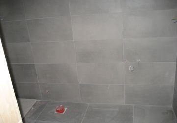 Solado y alicatado en baño